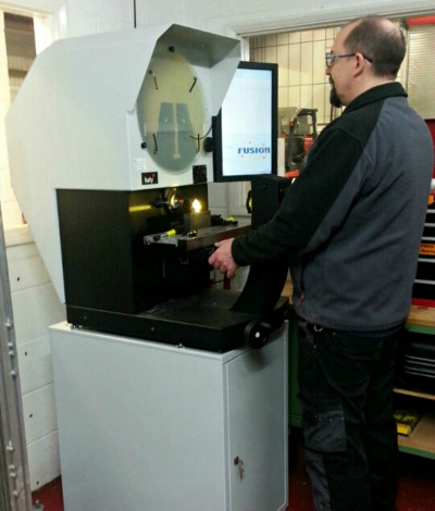 Feb 2016: Cambridge Vacuum Engineering Achieves Highest Levels of Component Accuracy with the Baty R400